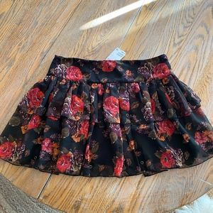 H&M tiered ruffled skirt with back zip/NWT